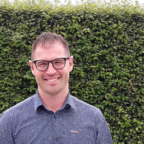 Ben  Tops, Sales Specialist Surgical at Simovision